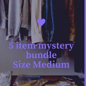 5 item mystery bundle size medium